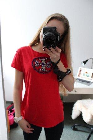 Tory Burch T-Shirt, neuwertig, Größe M, mit Emblem auf der Brust, rot