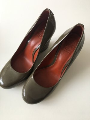 Tory Burch Wedges 40