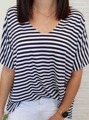 Oversized blouse wit-donkerblauw