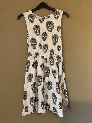Totenkopf Kleid