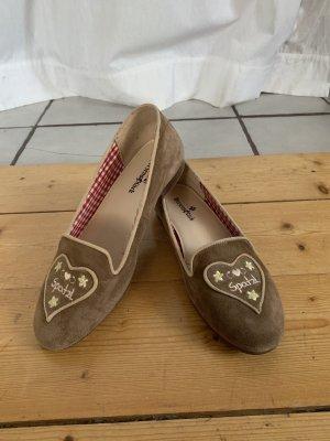 Trachten Loafer aus Wildleder