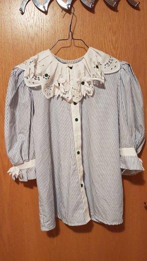 Helene Straßer Camisa folclórica blanco-azul