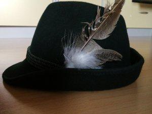 Cappello tradizionale verde scuro