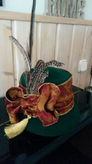 Traditional Hat forest green