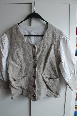 Veste bavaroise blanc cassé-marron clair
