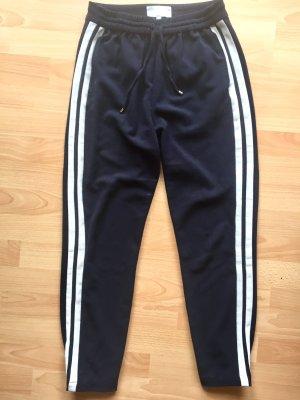 Track Pants dunkelblau mit streifen an den Seiten