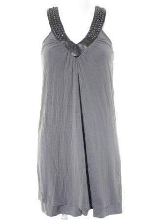 Trägerkleid grüngrau-schwarz Street-Fashion-Look