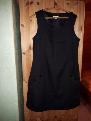 Trägerkleid schwarz mit Taschen