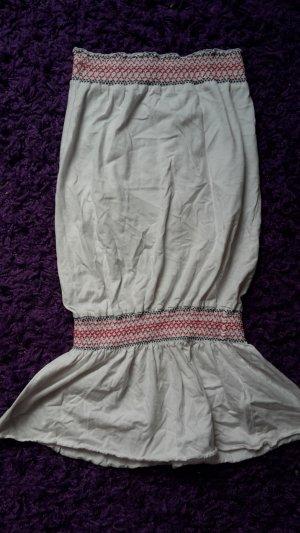 Trägerloses Kleid im Bohemian-Stil