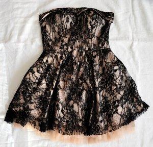 Trägerloses Kleid mit Spitze Forever 21