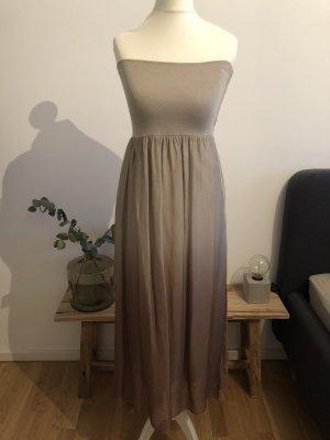 Trägerloses Kleid | Verlauf