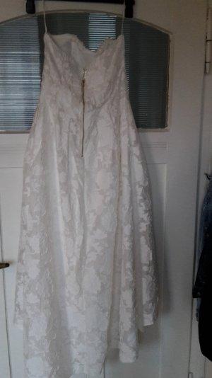 Trägerloses Kleid von H&M aus England