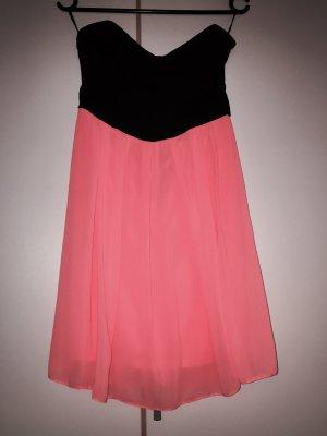 Trägerloses Korallfarbenes Kleid