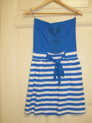 trägerloses Sommerkleid von MANGO