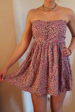 Trägerloses Sommerkleid von Zara