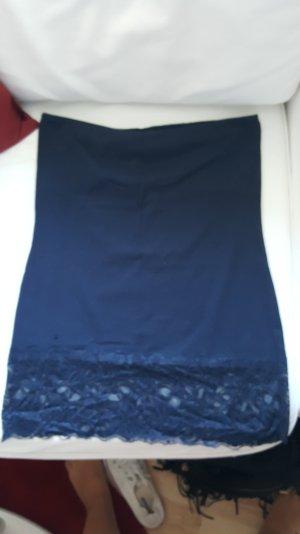Trägerloses Top dunkelblau mit Spitze
