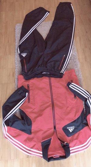 Adidas Tenue pour la maison noir-rouge