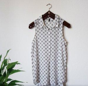 Transparentes Sommerhemdchen mit Knopfleiste
