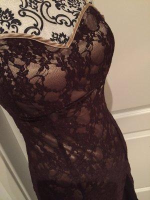 Traumhaft edles und doch sexy Kleid von Laura Scott Evening