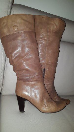 Traumhaft schöne Stiefel mit hohem Schaft