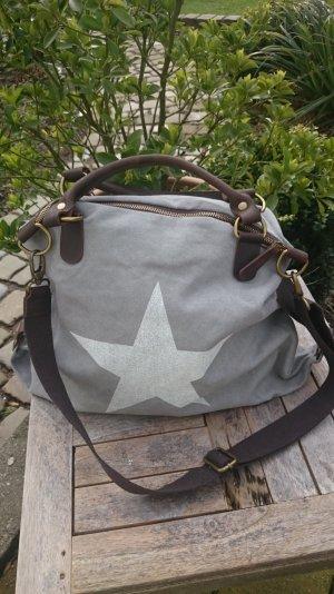 Traumhaft schöne Vera Pelle Tasche mit Stern