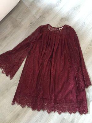 Traumhaft schönes Spitzen-Kleid