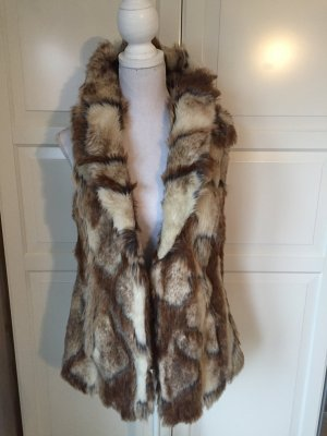 Traumhafte Fellweste /Fake Fur