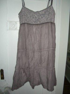Traumhaftes Benetton Kleid Gr.S/M Neuwertig