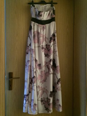 Traumhaftes bodenlanges Kleid