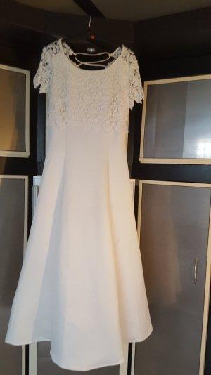 Traumhaftes Brautkleid gr 36 mir Spitze