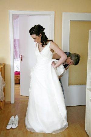 Traumhaftes Brautkleid mit Schleppe