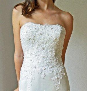 Traumhaftes Brautkleid von Sincerity - Modell 3664