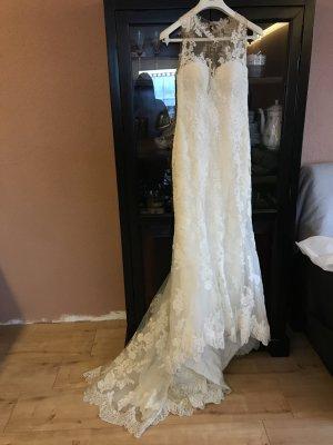 Traumhaftes Brautkleid von St Patrick/Pronovias  zum Schnäppchenpreis