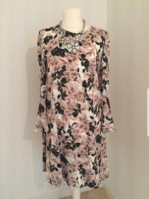 Traumhaftes Kleid Hallhuber