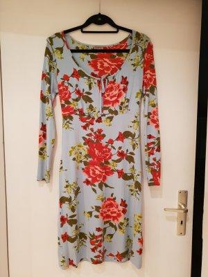 Traumhaftes Kleid mit Blumenmuster Gr.40