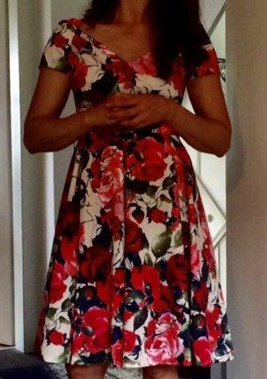 Traumhaftes Kleid Rinascimento wie D&G