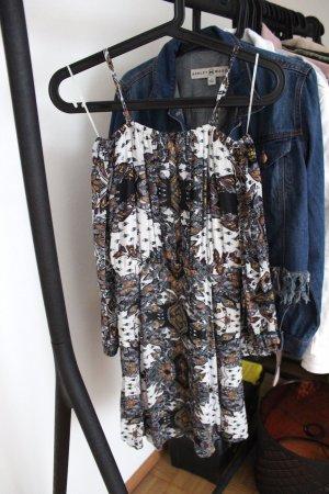 Traumhaftes Kleid von River Island