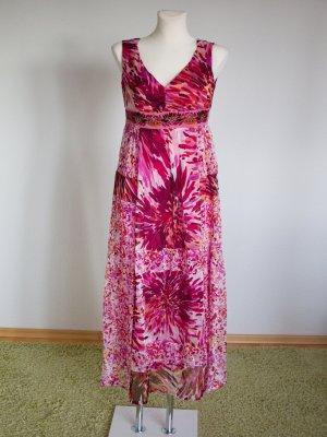 traumhaftes Seidenkleid mit Stickerei und Perlen - für den Frühling und den Sommer