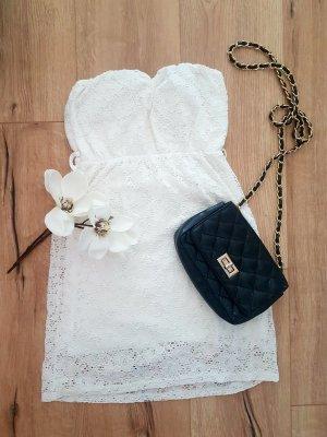 Traumhaftes Spitzen Kleid Schulterfrei Weiß S