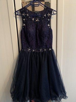 Traumhaftes Tüll-Kleid