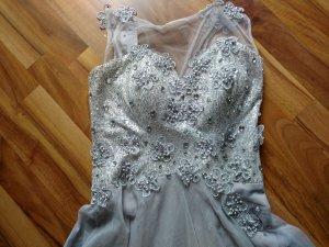 Traumhaftschönes Kleid von Ömürözer