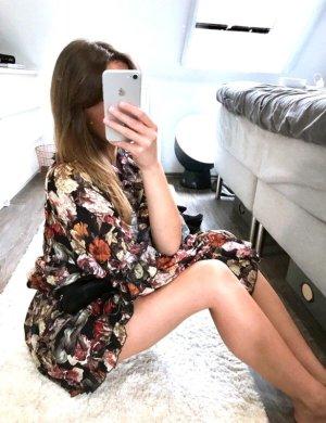 Traumkleid Volants Floral H&M Rosen Boho Hippie Zara Festival Kleid Bluse Oversize High Neck