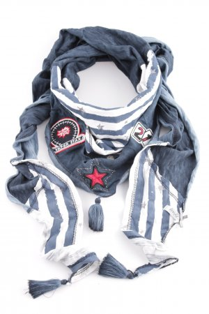 Tredy Fringed Scarf mixed pattern casual look