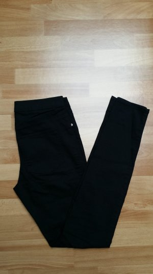 Treggings/ Jeans/ Röhrenjeans in schwarz/ Gr. 36 / von H&M