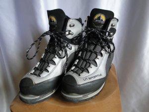 Trekking-Schuhe von La Sportiva