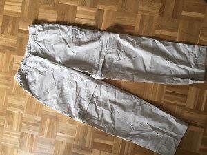 Trekkinghose mit abnehmbaren Hosenbeinen