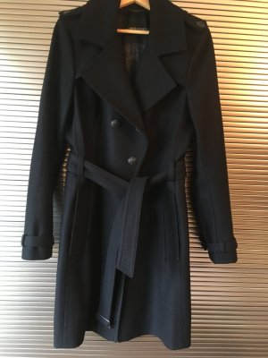 Trenchcoat aus Wolle von Drykorn for beautiful people