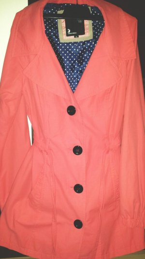 Trenchcoat in coral/lachs