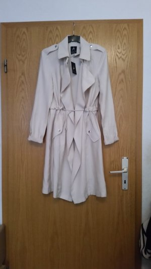 Trenchcoat in créme neu