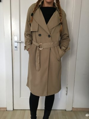 Trenchcoat in Khaki ..